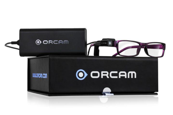 oculos para cegos caixas 719x480 - Óculos para cegos leem textos e reconhecem rostos